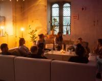 Taboe-café: eeuwige twijfelaar